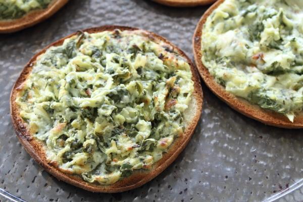 Mini Spinach Artichoke Pizzas