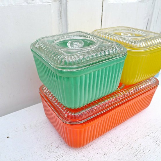 Vintage Love : Refrigerator Dishes